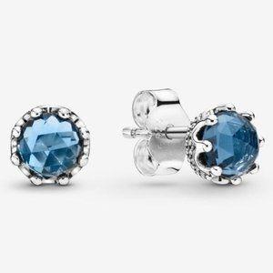 🔥Pandora🔥 Blue Sparkling Crown Stud Earrings